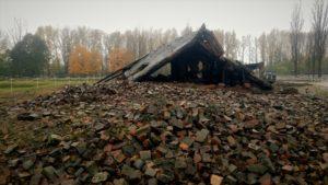 räjäytetyn krematorion rauniot